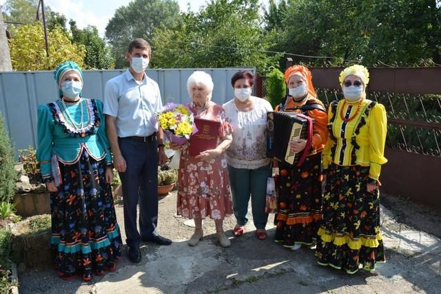 14 сентября прекрасный юбилей отметила Касилова Раиса Николаевна – женщина очень трудной и в то же время счастливой судьбы
